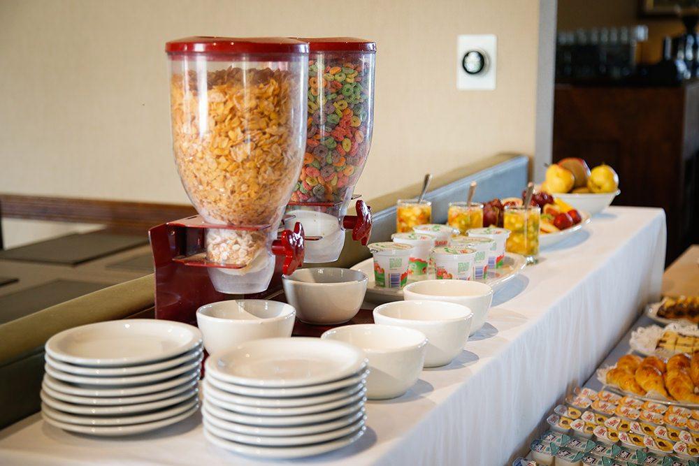 Desayuno buffet cereales