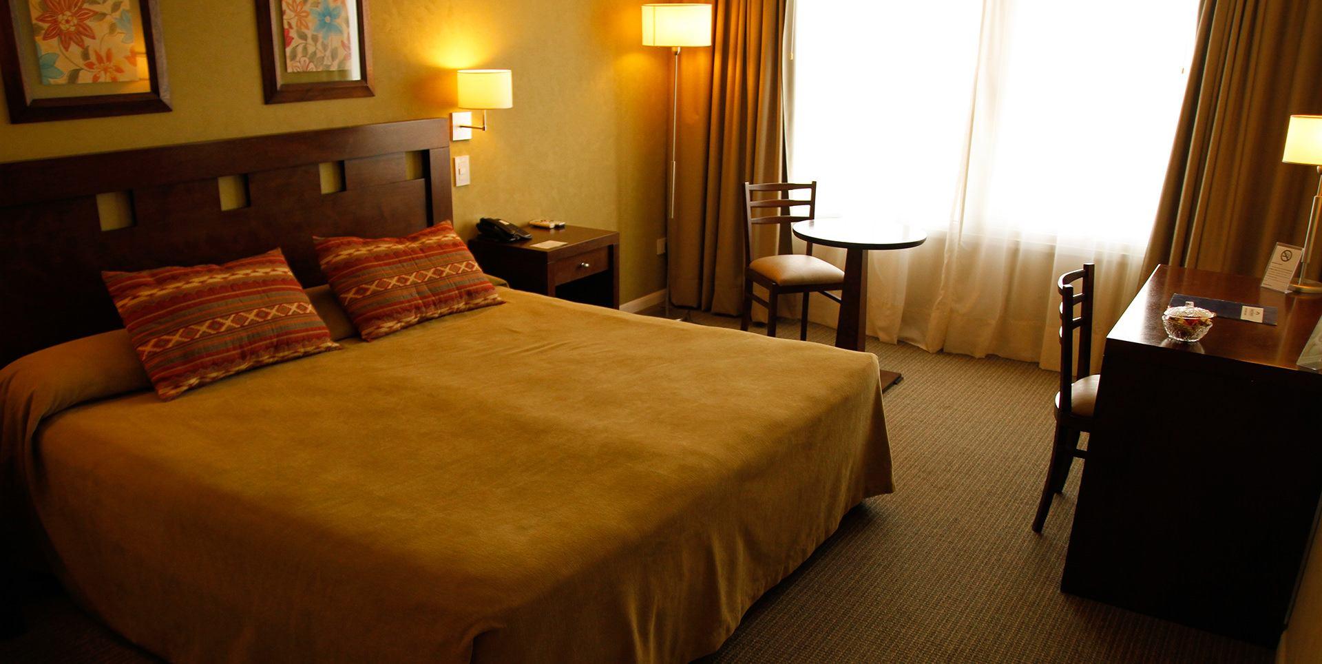 Habitacion King Hotel Howard Jhonson Trenque Lauquen